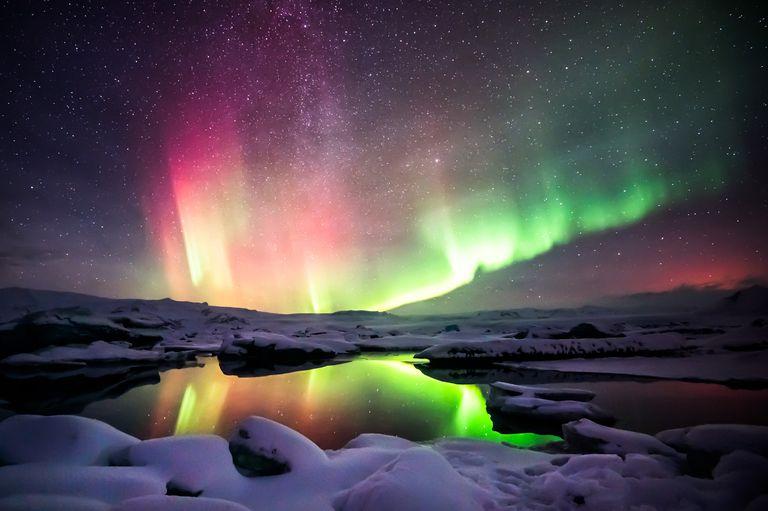 Los científicos hacen la primera observación directa del 'juego de electrones' detrás de la aurora boreal