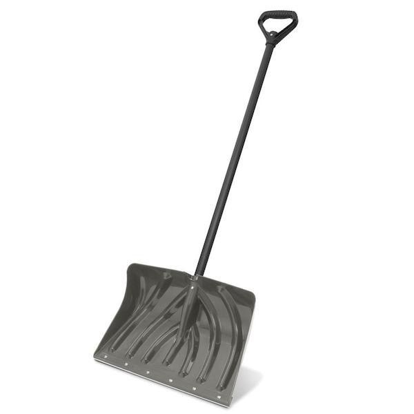 lifting snow shovel