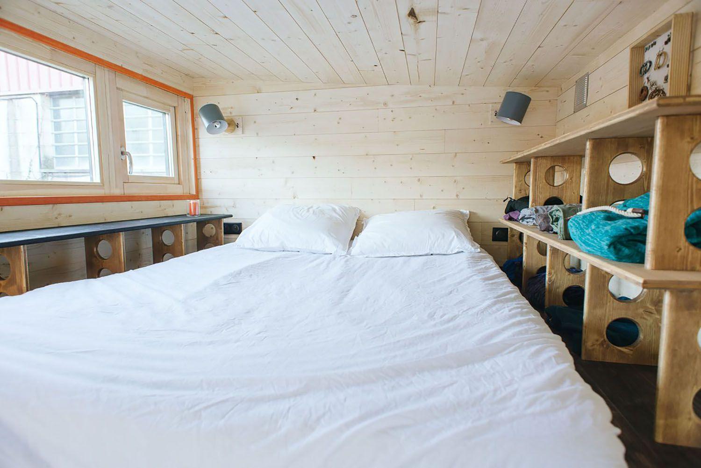 idle tiny house master bed loft