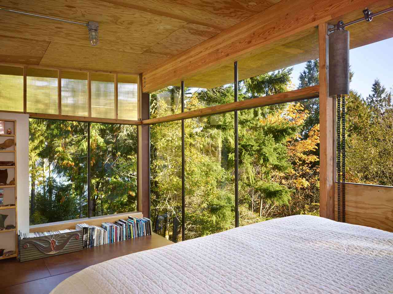 Sleeping loft at Scavenger Studio by Eerkes Architects, Grapeview, Washington