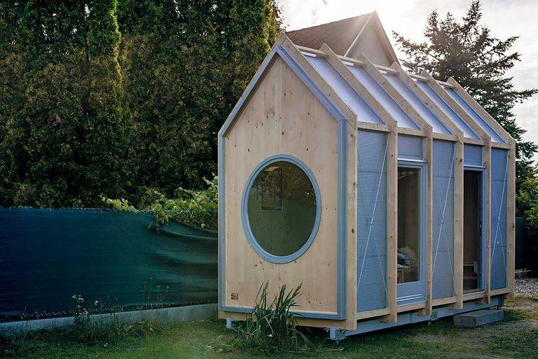 Kabinka modular cabin by Hello Wood exterior