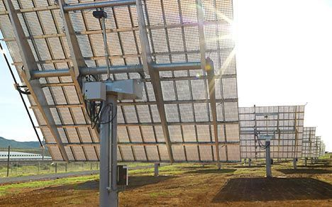 single axis solar tracker photo