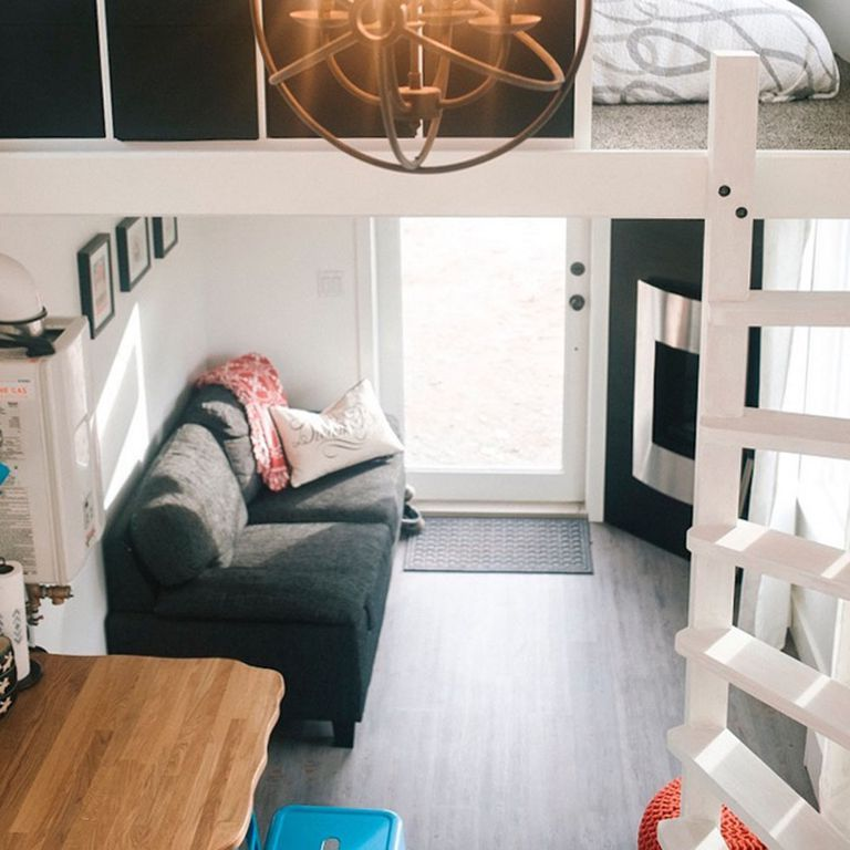 Ingenioso 280 Sq. Pie. Tiny House cuenta con un techo brillantemente curvado (video)