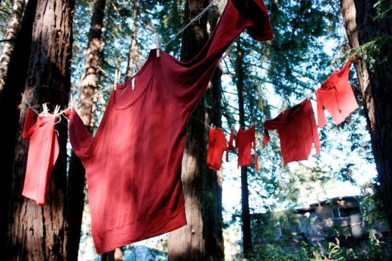 red laundry photo