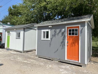 tiny houses built by Austin Pets Alive shelter