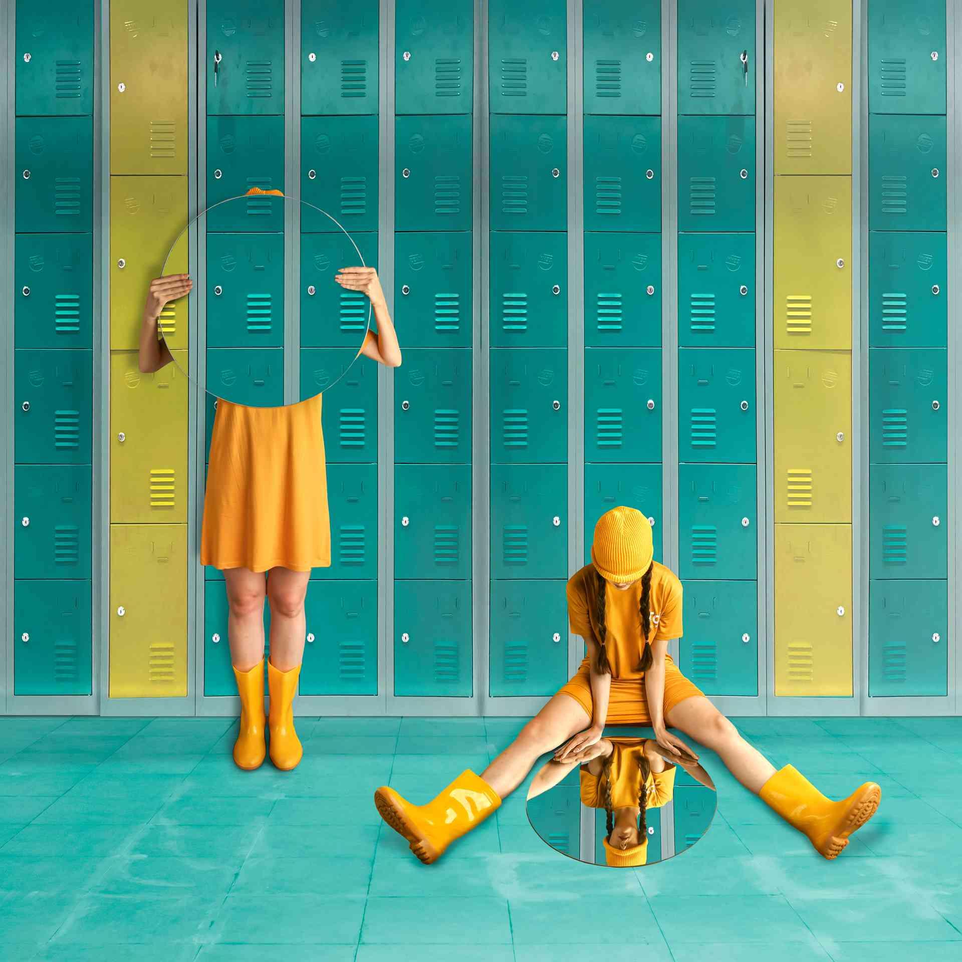 mirrors and lockers creative image