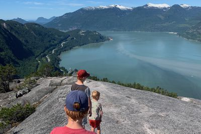 Kids looking out over Howe Sound