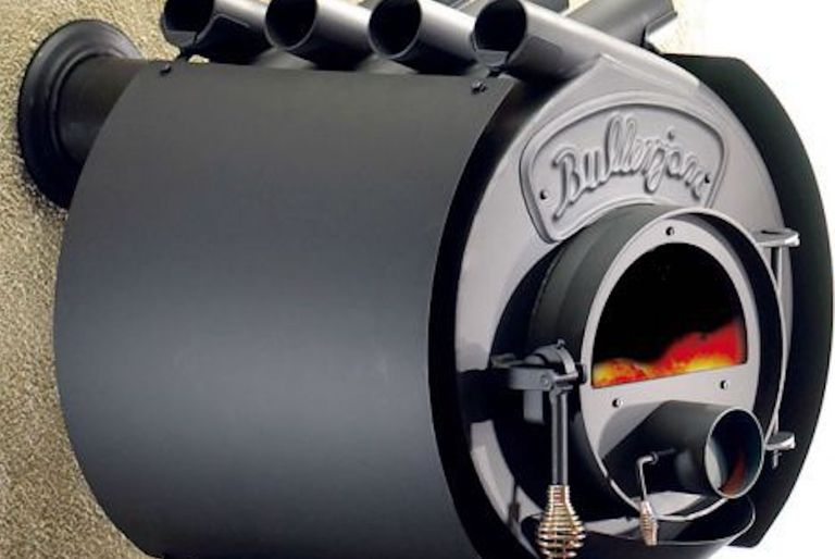 Closeup of Bullerjan stove with pipes on top