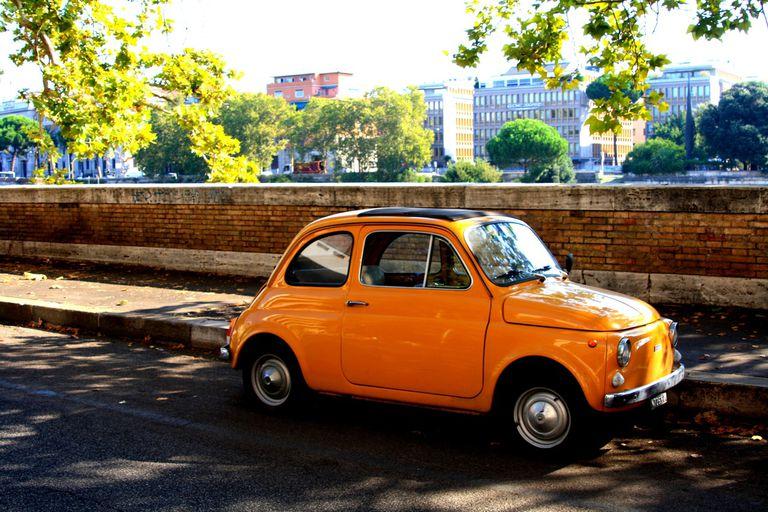 10 maneras de reducir (o revertir) la huella de carbono de su automóvil