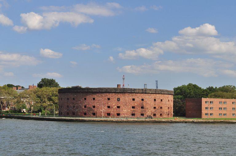 Isla Esmeralda Propia de NYC