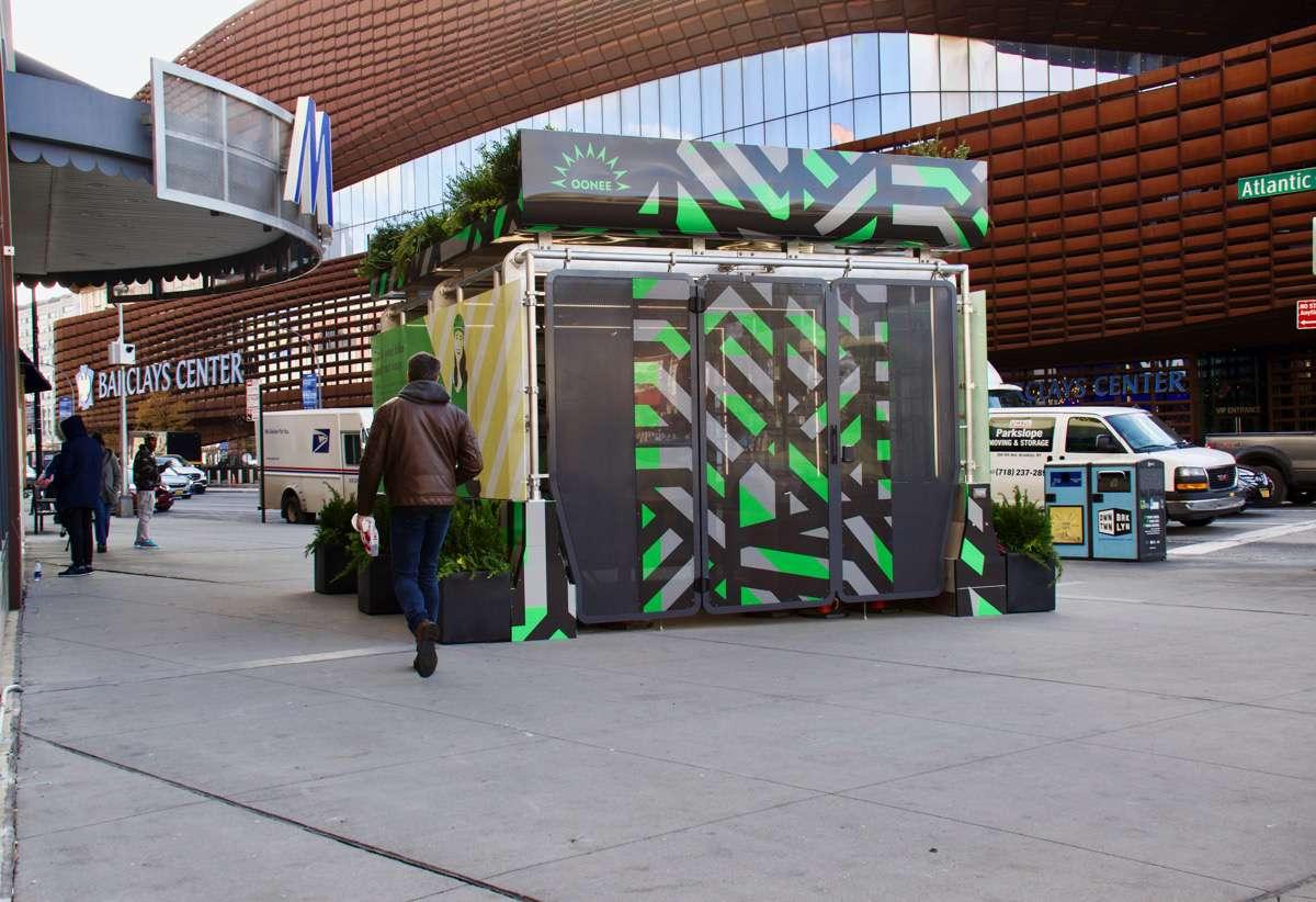 Oonee box at Barclays