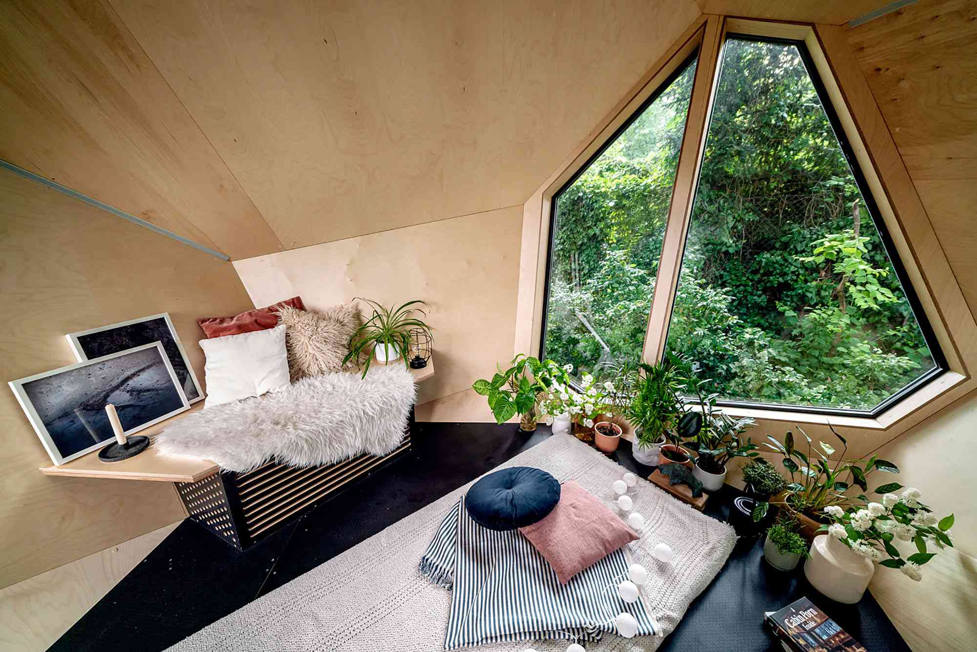 Workstation Cabin prefab home office module by Hello Wood interior