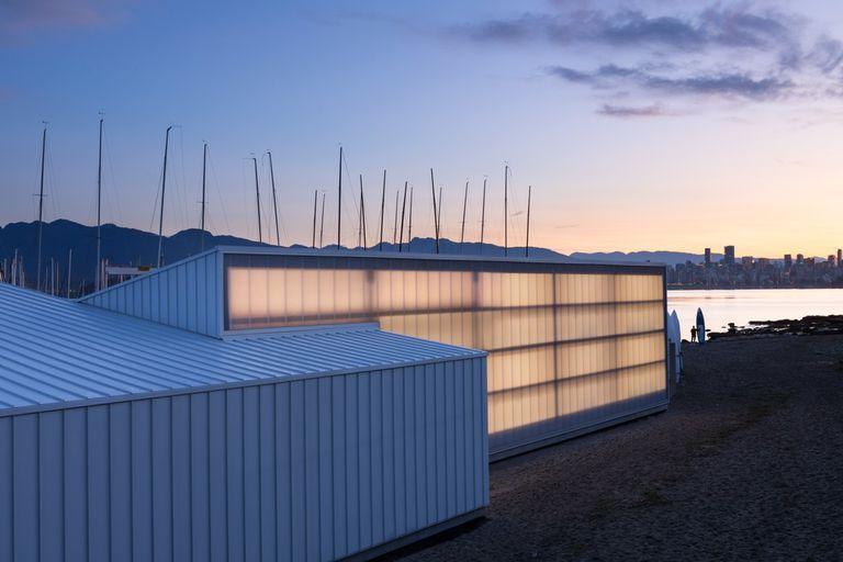 Los arquitectos de Michael Green hacen madera pequeña en el Boat House de Vancouver