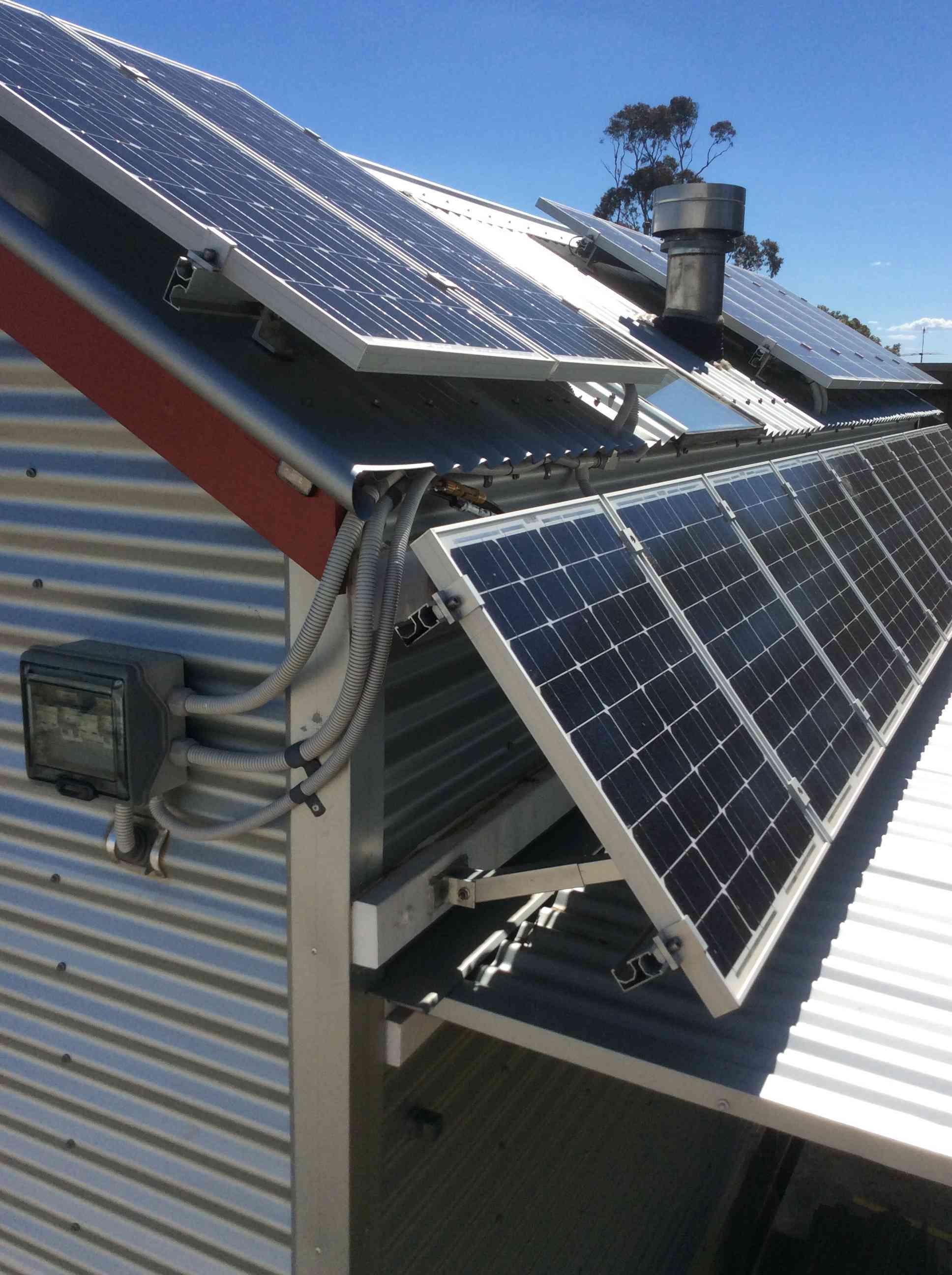 Solar panels on Freds tiny house