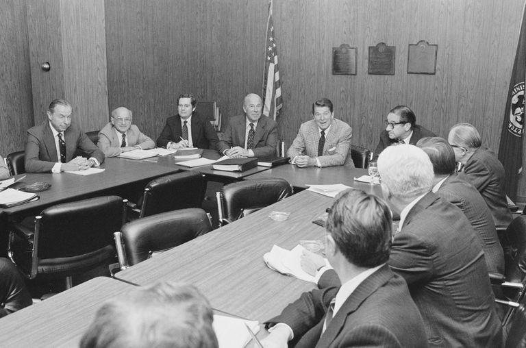 Milton Friedman with Ronald Reagan