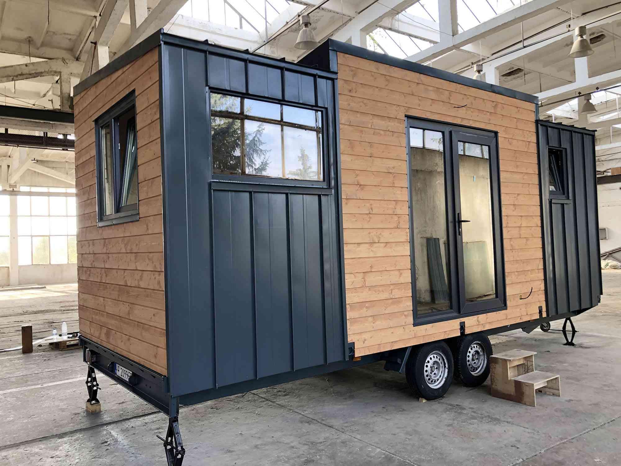 EBH 659 tiny house Ecobox Home Ltd. exterior