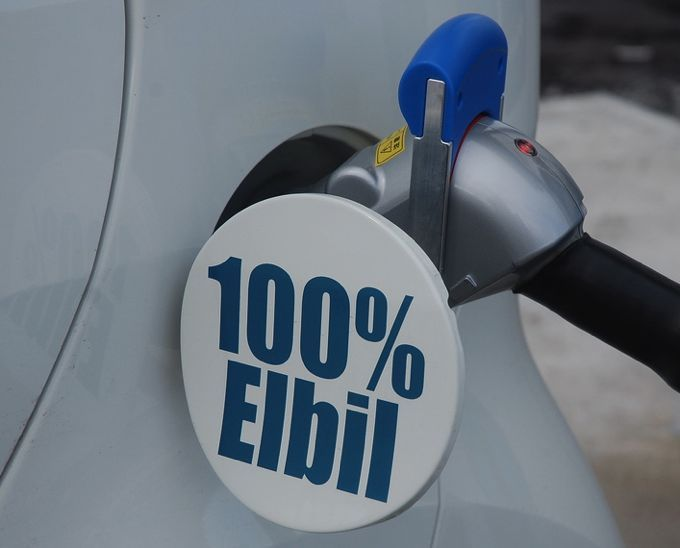 why-do-norwegians-love-EVs-more-than-the-rest-fo-us?