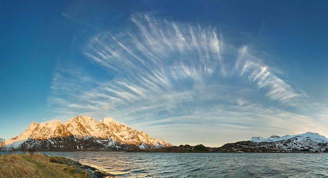A cirrus fibratus over Norway