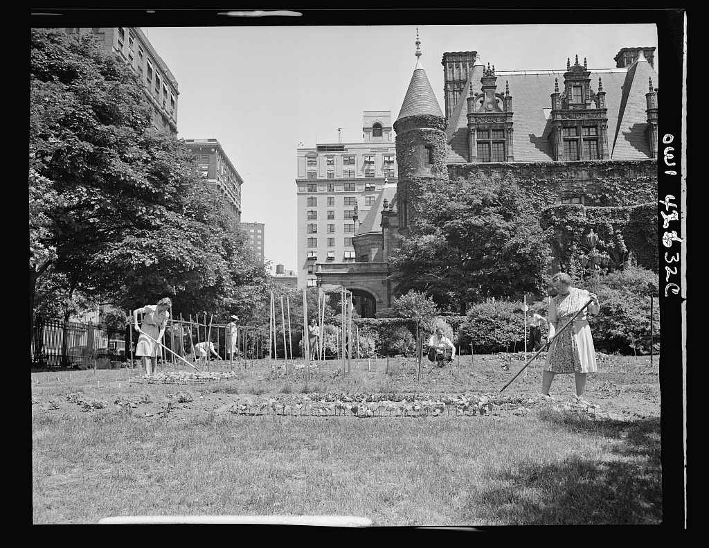 Women working in the gardens on the Charles Schwab estate