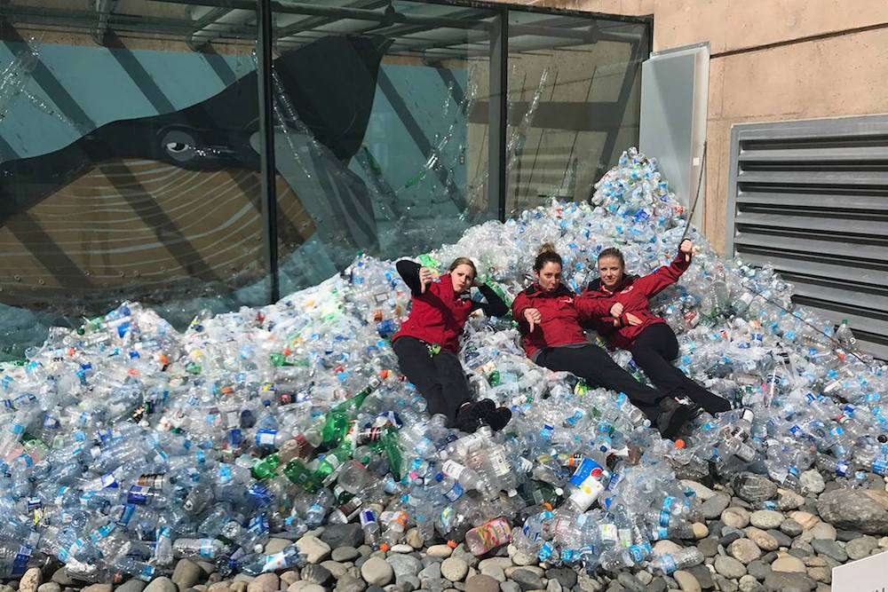 Vancouver Aquarium wave of plastic