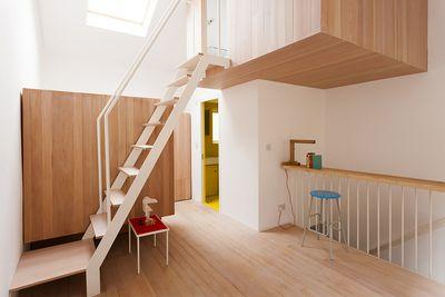 Small Townhouse Studiomama second floor