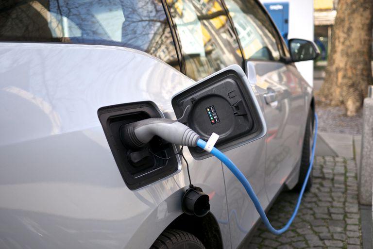 4000 hoteles y pensiones del Reino Unido para cargar vehículos eléctricos
