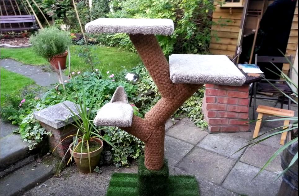 small DIY cat tree