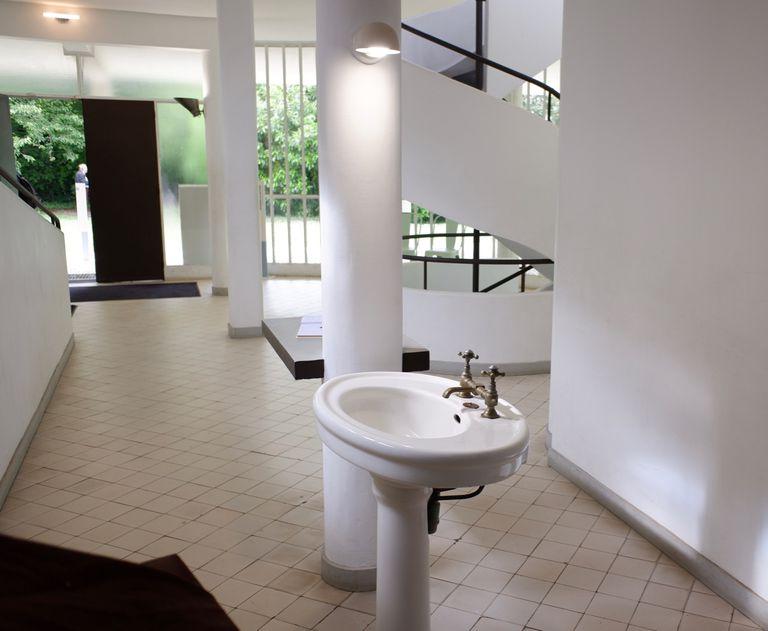 Recorriendo los baños de Le Corbusier