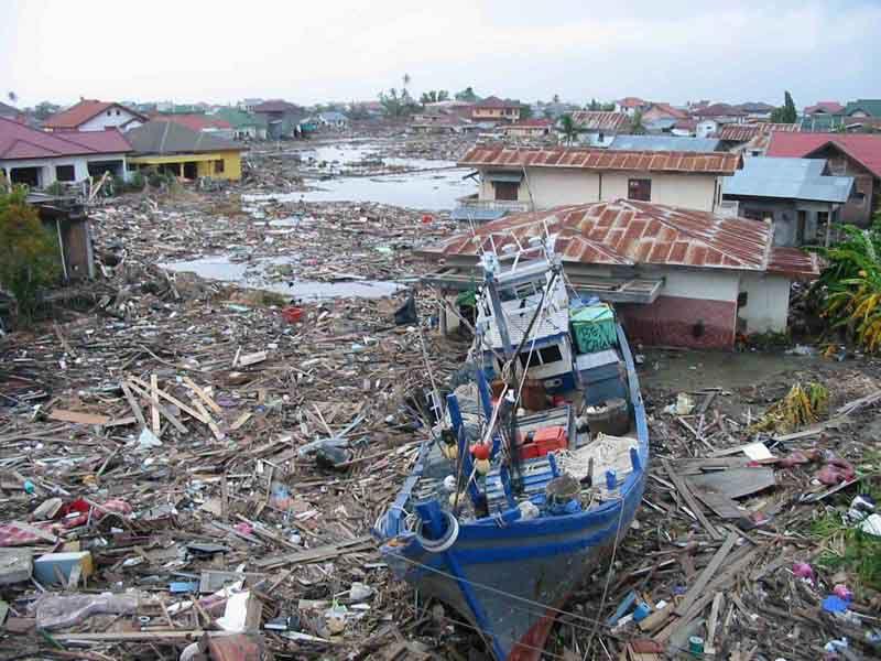 Indonesia tsunami aftermath 2004