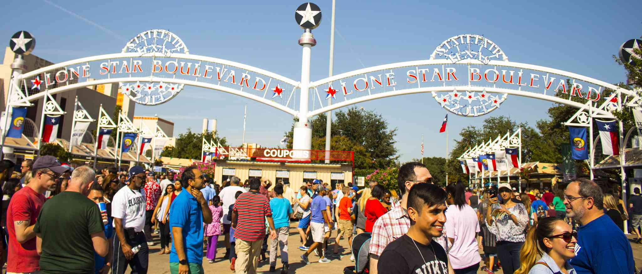 The State Fair of Texas starts on the last Friday in September.
