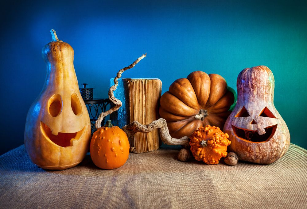 Interesting shaped pumpkins and gourds for easy Halloween pumpkin display