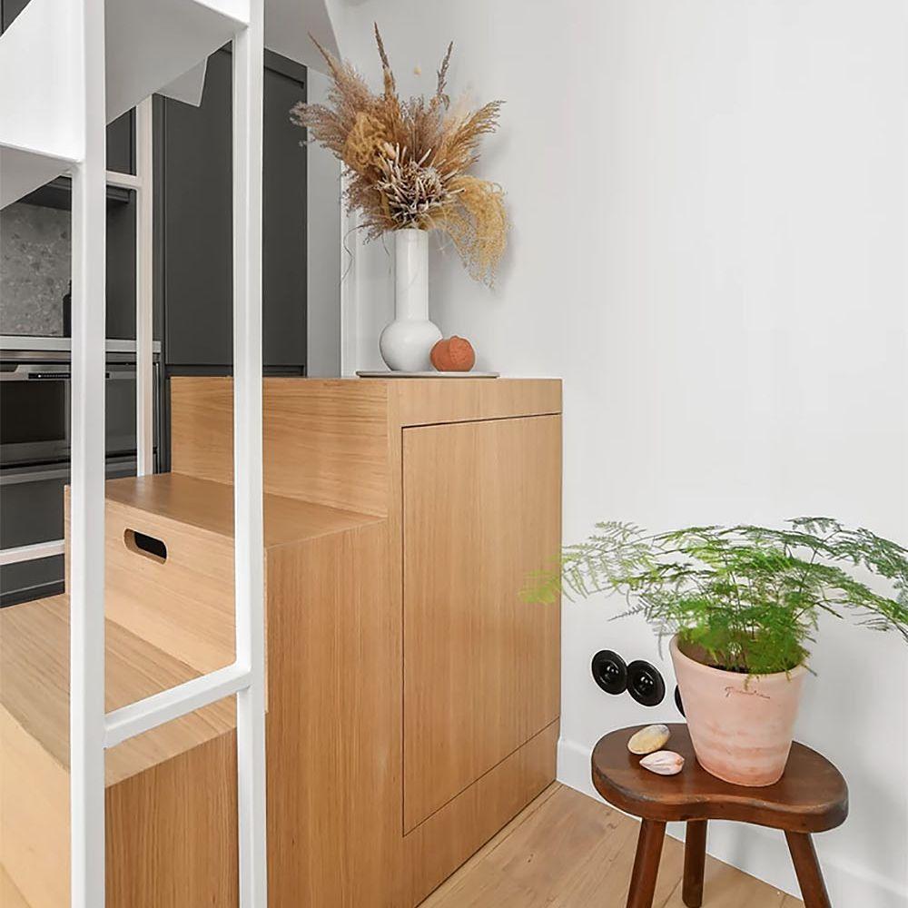 Boulevard Arago apartment renovation Studio Beau Faire staircase unit