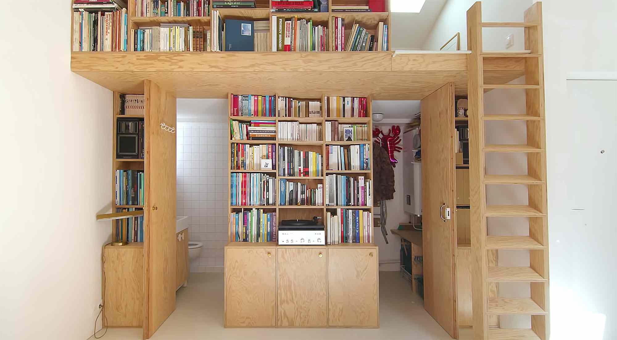 Jourdain micro-apartment renovation Matthieu Torres bathroom and walk in closet
