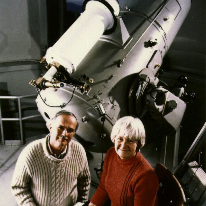 Gene and Carolyn Shoemaker at the 18 inch Schmidt at Palomar Observatory.