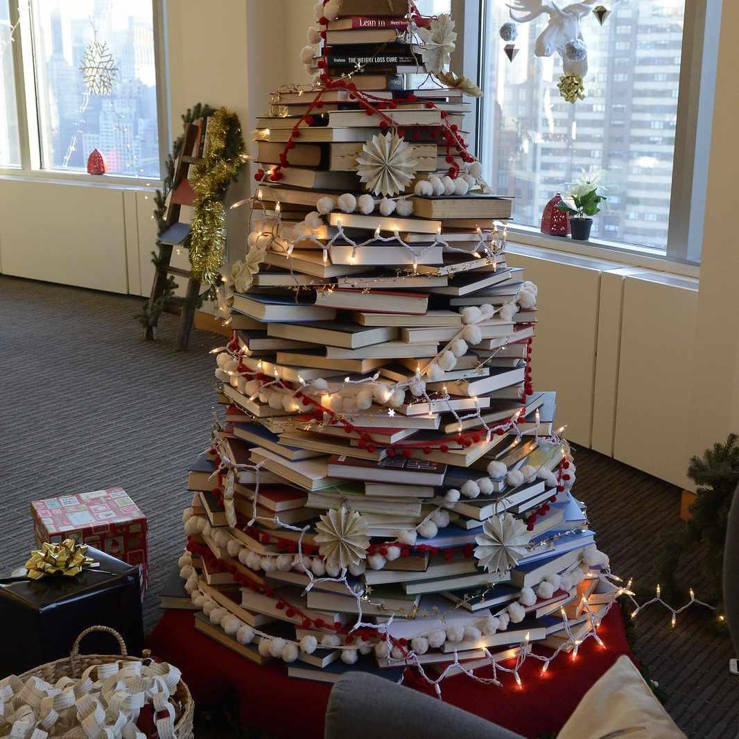 Disney book Christmas tree