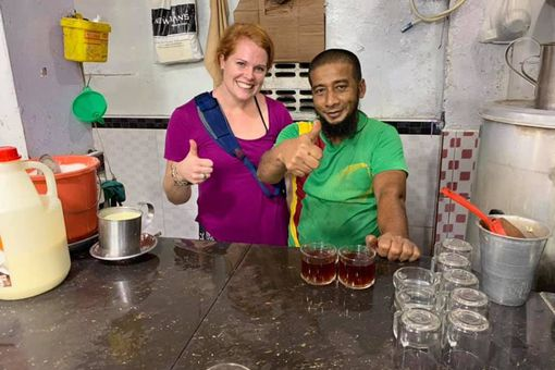 a lesson in making Sri Lankan tea