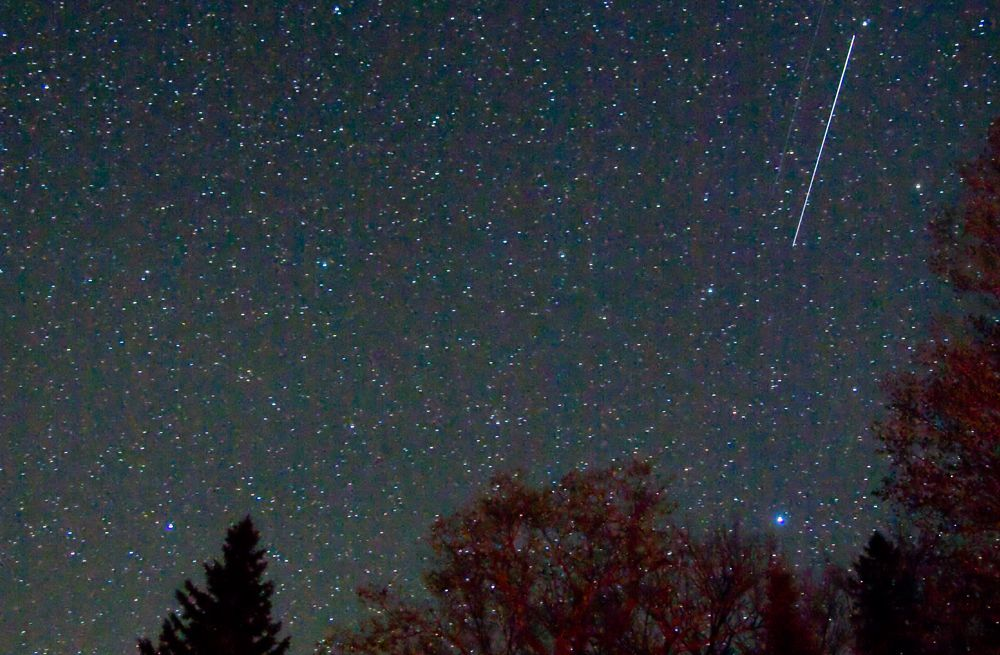 The Arietid meteor shower, which peaks during the daylight hours, can still produce some beautiful shooting stars for early risers.
