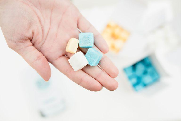EarthSuds produce pastillas de champú sin desperdicio