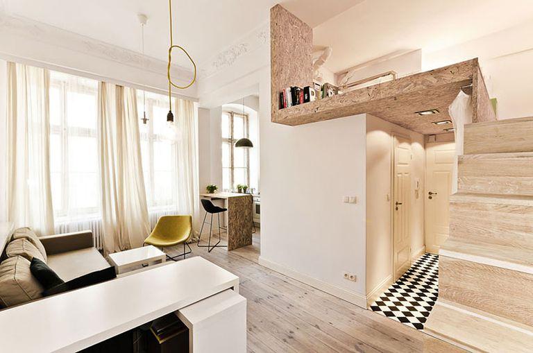 Pequeño apartamento en edificio patrimonial modernizado con desván adicional