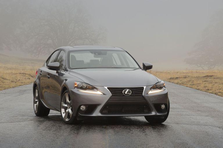 2014 Lexus IS Hybrid