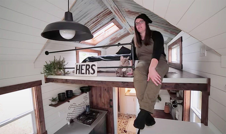 The Tangled Tiny by Tori bedroom loft