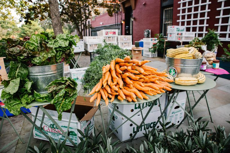 outdoor farmers market with carrots