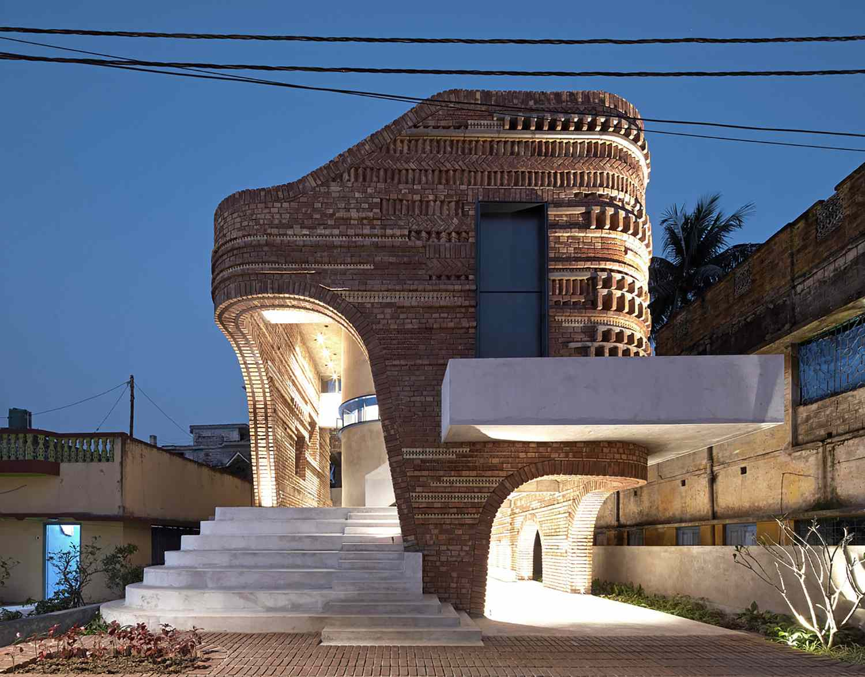 gallery house abin design studio night exterior