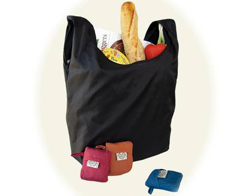 Resuable shopping bag filled with groceries