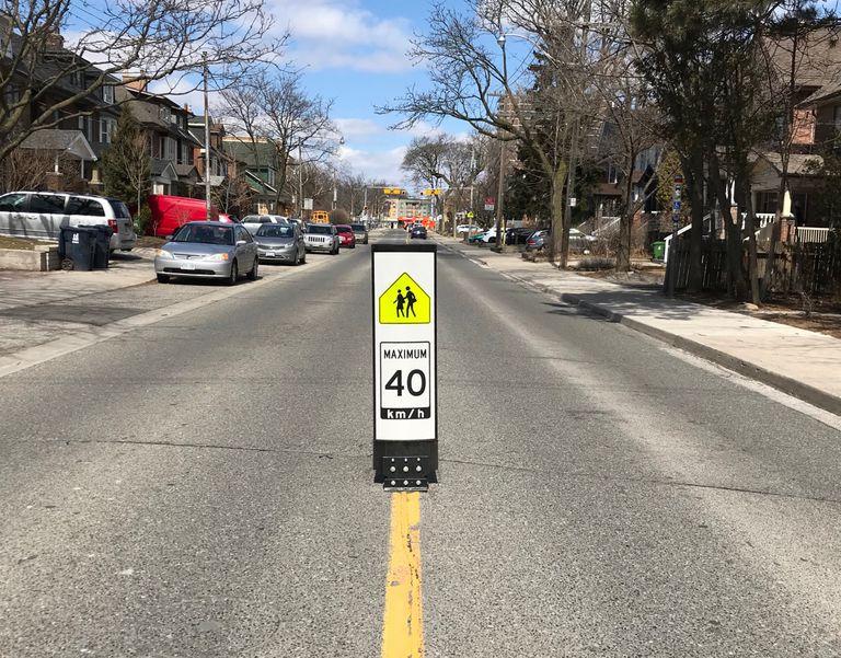 Letreros instalados para ralentizar a los conductores eliminados después de las quejas de que ralentizan a los conductores