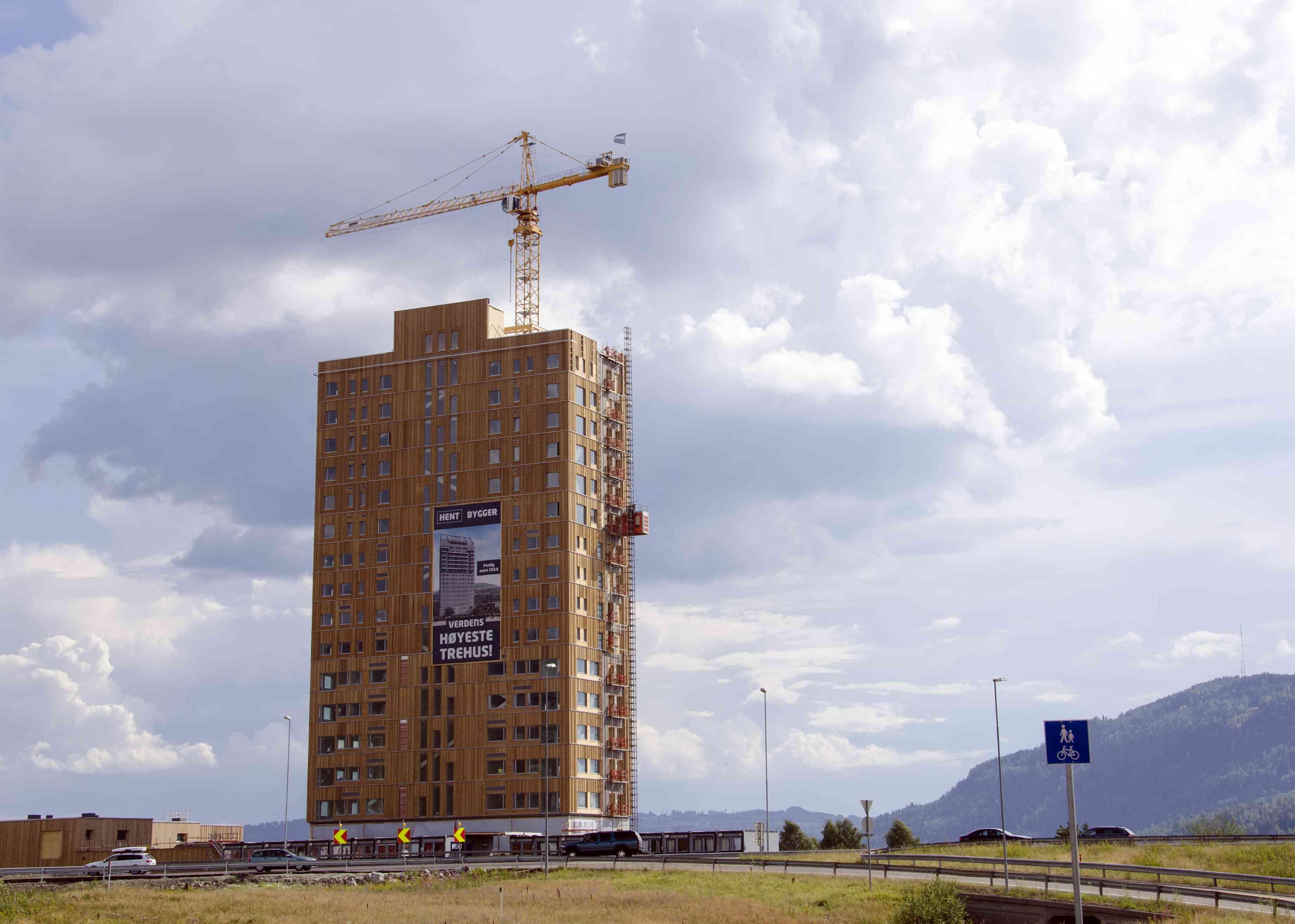 Mjøstårnet with construction cane