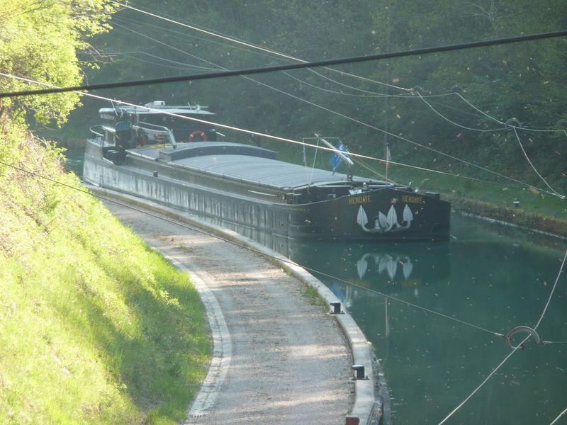Trolley barge on the Rhine