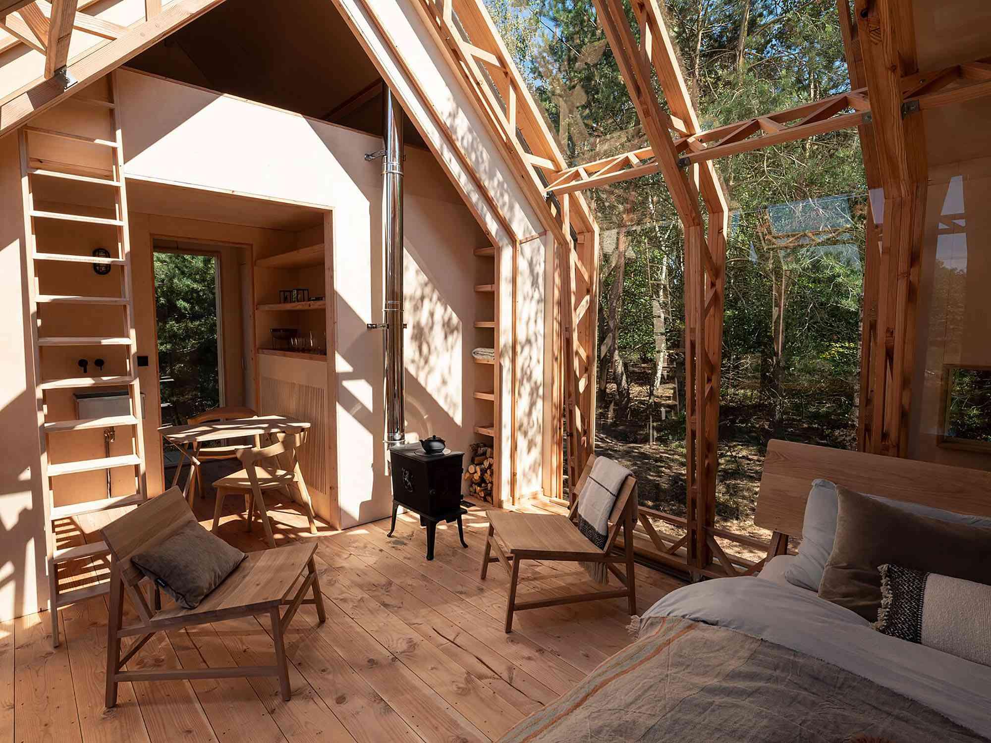Cabin ANNA by Caspar Schols living room