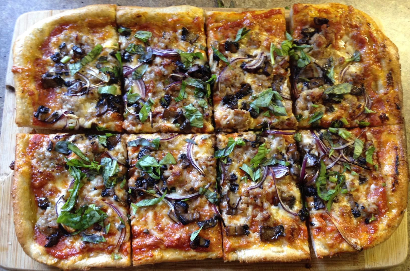 How to Make the Most Amazing Pizza at Home