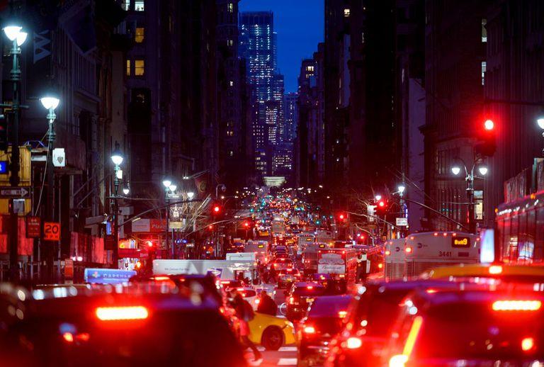 Nanopartículas de la contaminación del aire (principalmente gases de escape de automóviles) van directamente a su cerebro